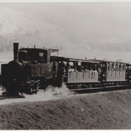 Zug mit Lok No. 3 auf der Adhгionsstrecke Eben-Achensee, um 1900